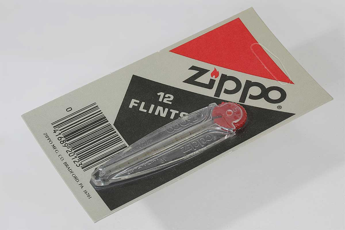 Zippo ジッポー 絶版・旧パッケージ Flints フリント 発火石 12個入 メール便可